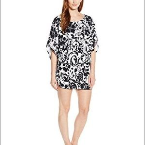 Anne Cole Signature kangaroo pouch caftan cover up
